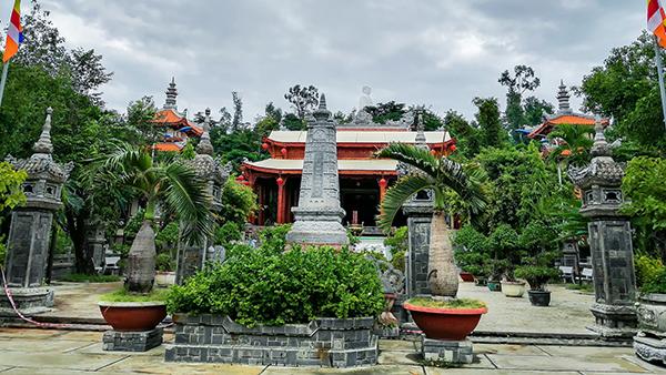 庄严的寺庙