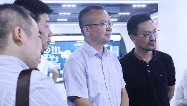 杭州市科技局局长赵喜凯一行莅临万博怎么下载云农考察调研(图2)